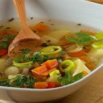 Обязательное блюдо в ежедневном рационе пациента – суп.