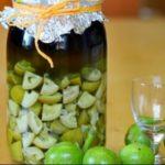 Настойка с грецкими орехами