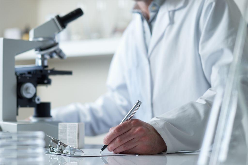 Сдать анализы на глисты и паразиты