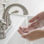 вымыть руки с мылом