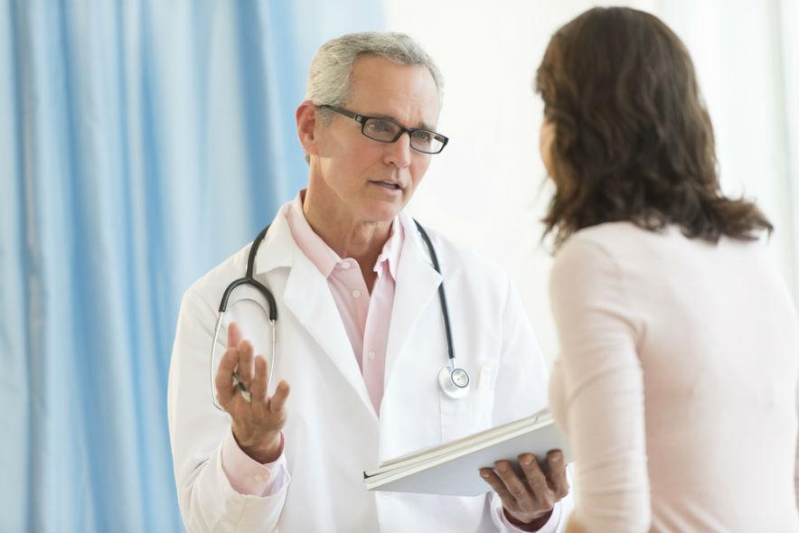Какой врач лечит от глистов